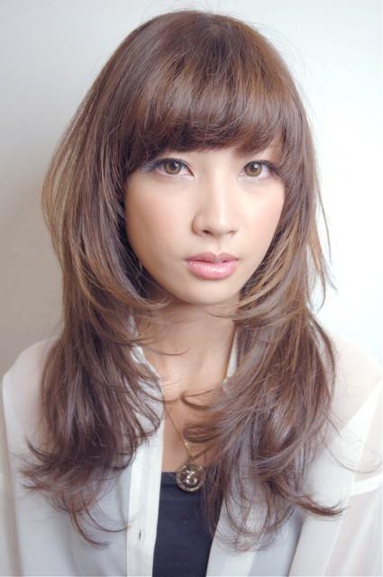 栗原貴史さんのヘアスタイルの写真。テーマは『ヘアスタイル、ベージュカラー、夏オススメ、peekaboo』