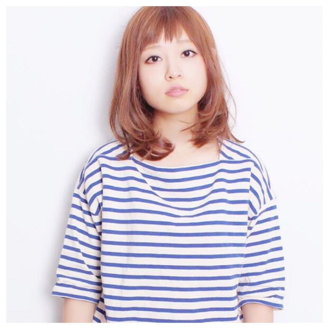 黒澤貴裕 SORA広尾さんのヘアスタイルの写真。テーマは『秋カラー、パーマ、ロブ、ベージュ、ベビーバング、カジュアル、ナチュラル、ヘアスタイル』