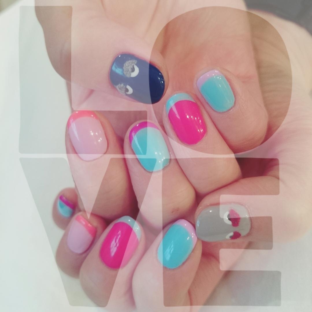 浦川 由起江さんのネイルデザインの写真。テーマは『nail、ネイル』