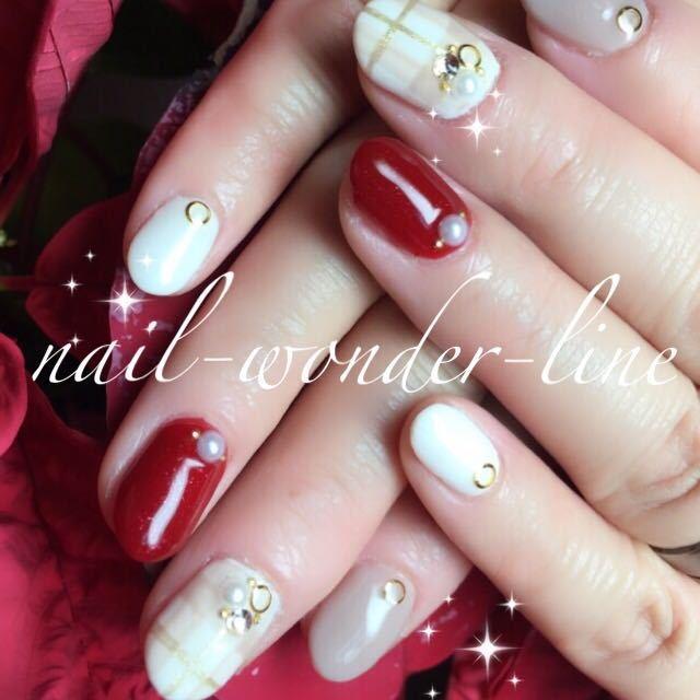 nail,wonder,lineさんのネイルデザインの写真。テーマは『赤