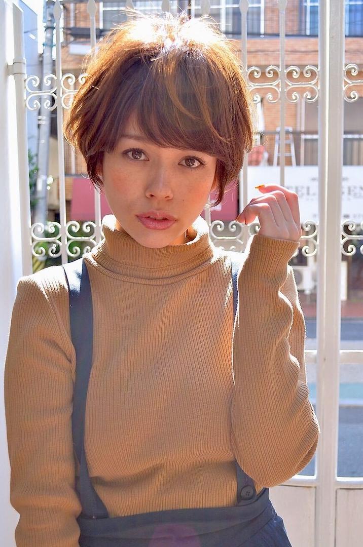 YuheiOda__Tierra-jさんのヘアスタイルの写真。テーマは『ショート、エフォートレス、大人』