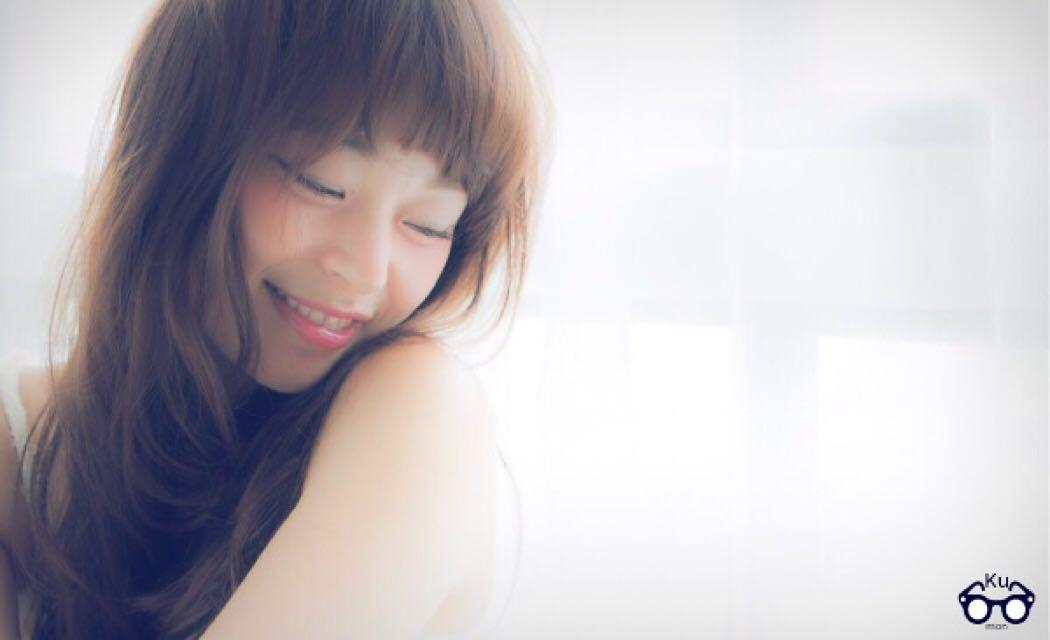 Hironori Kumonさんのヘアスタイルの写真。テーマは『ベビーバング、レイヤー、ロング、公文啓敬、公文スタイル、クモコレ、表参道美容室、美容師カメラ、セミロング、くせ毛風』