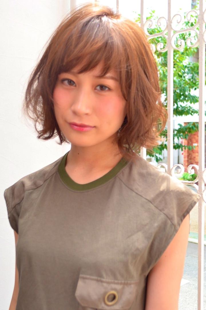 YuheiOda__Tierra-jさんのヘアスタイルの写真。テーマは『ベビーバング、レイヤー、ボブ、エフォートレス、パーマ、ショートバング』