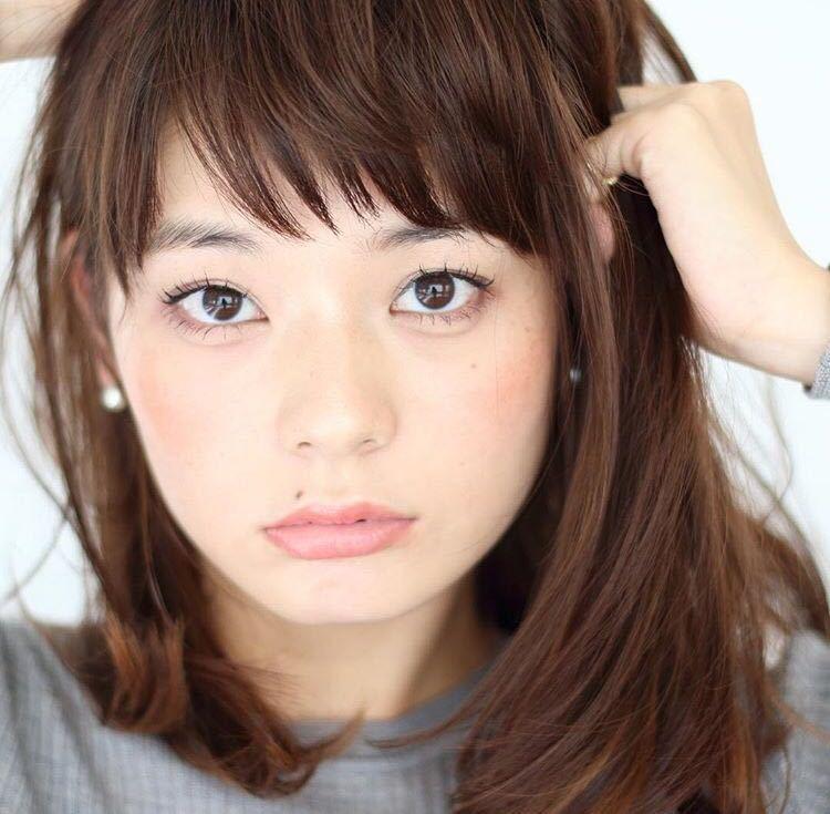 takayukiさんのヘアスタイルの写真。テーマは『ベビーバング、大人可愛い、ロングヘア、ミルク肌、冬カラー』