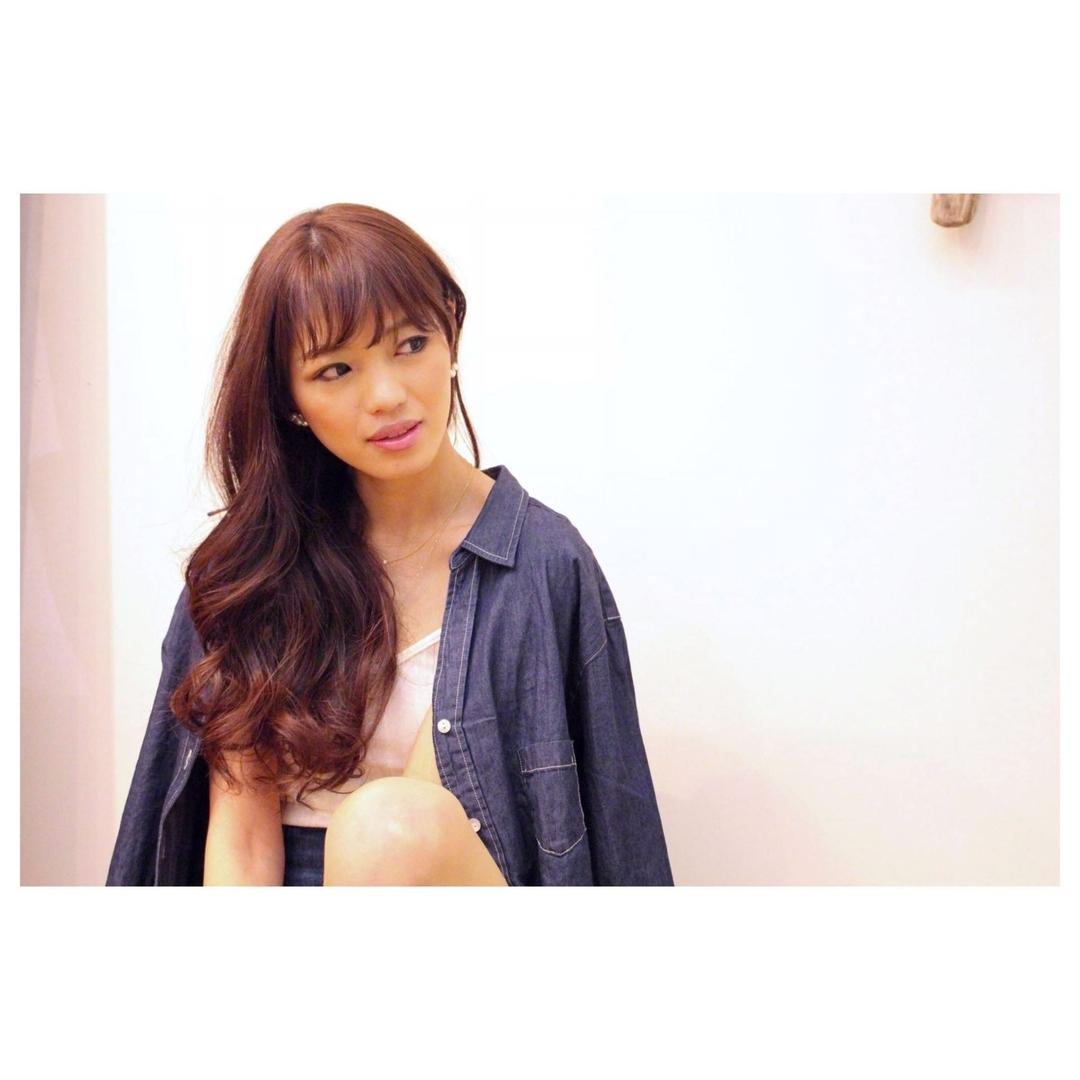 Nobukazu Takeさんのヘアスタイルの写真。テーマは『鎌倉、由比ヶ浜、鎌倉美容院、mahana_by_hair、mahana、2016、ハイライト、グラデーションカラー、ヘアスタイル、グラデーション、ロングスタイル、グレージュ、トレンドカラー、いいね、フォロー、ハワイ、ハワイ好き、サーフィン、サーファー、kamakura、yuigahama、hair、hula、haircolor、instagood、instagram、follow、followme、followback、エフォートレス、ベビーバング、レイヤー、ロングヘア、ロング、ロングレイヤー、ロングカール、パーマ』