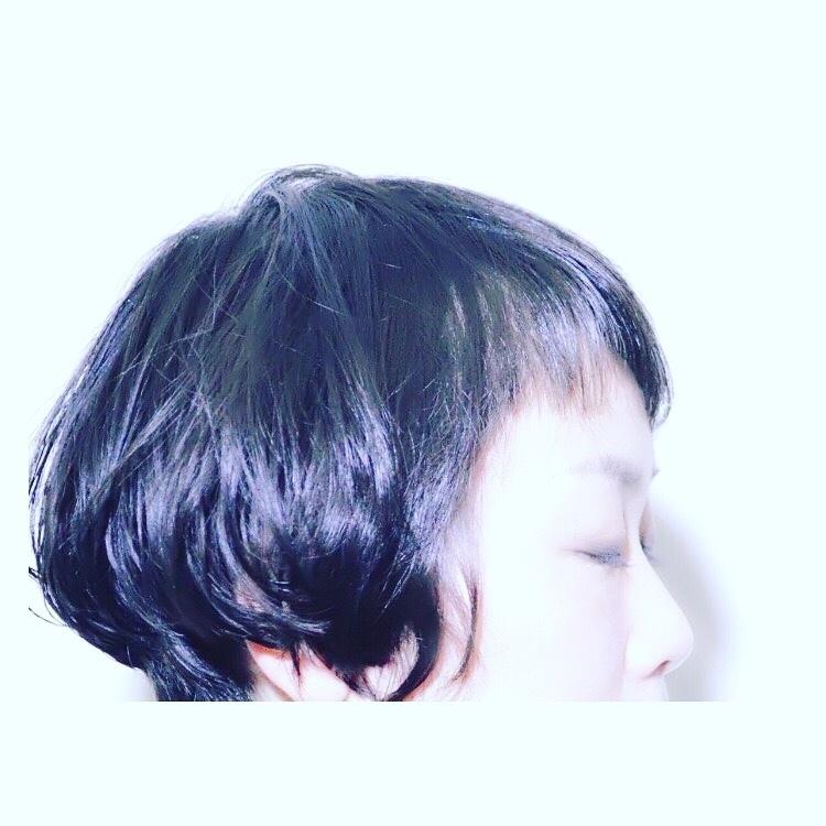 psinnerchildさんのヘアスタイルの写真。テーマは『ショート、ボブ、シュートボブ、エフォートレス』