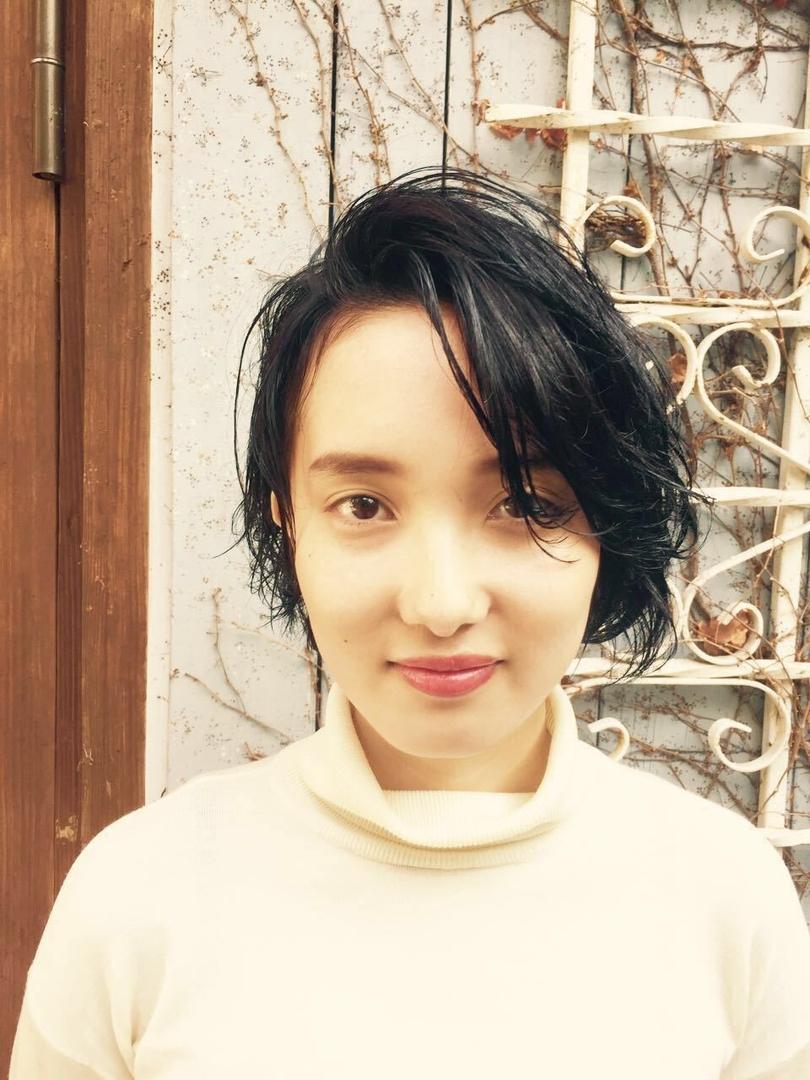Kenji suzuki Tierraさんのヘアスタイルの写真。テーマは『ショート、ボブ、黒髪ショート、tierraharajuku、Tierra、鈴木健司、ウエット』