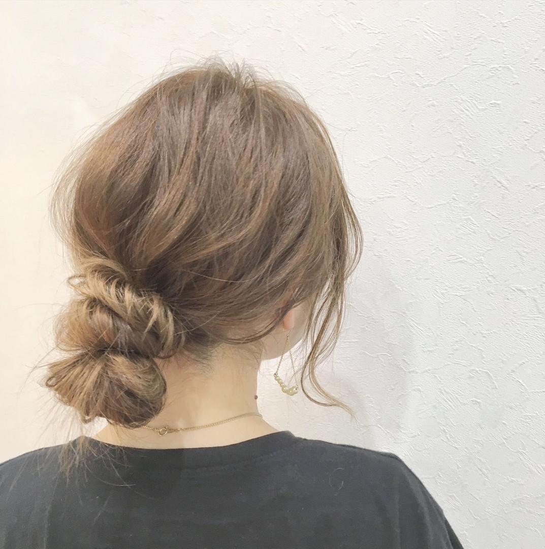 佐藤 創一郎さんのヘアスタイルの写真。テーマは『編み込み、アレンジ、LEELE、簡単アレンジ、佐藤創一郎』