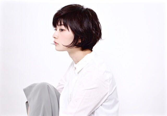 栗原貴史さんのヘアスタイルの写真。テーマは『ショート、秋カラー、アッシュグレージュ、ボブ』