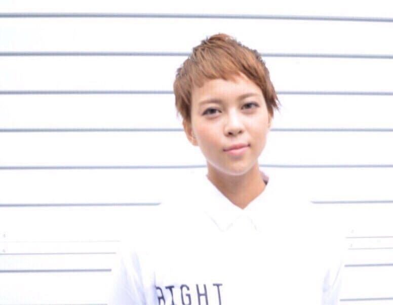 岩崎 桃子さんのヘアスタイルの写真。テーマは『表参道、ショート、ナチュラル』