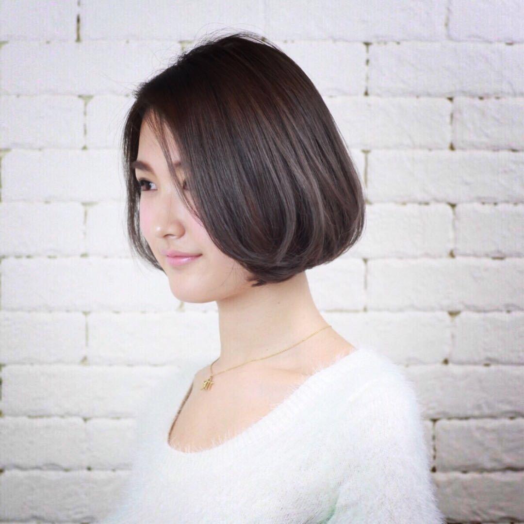 岩崎 桃子さんのヘアスタイルの写真。テーマは『ヘアスタイル、ボブ』