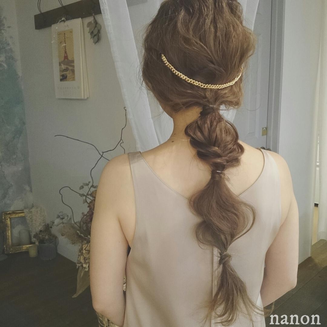 浦川 由起江さんのヘアスタイルの写真。テーマは『ゆるっとロングアレンジ、ヘアアレンジ、ロング』