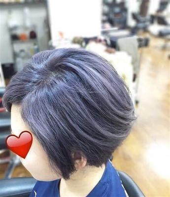 ブリーチ&パープルアッシュグレーボブ http://shampoo-hair.org/category14/entry41.html  全体にブリーチをしてから、パープルアッシュグレーのカラーを入れました。  カラーが退色してもブロンド風に色が落ちてくるので、その過程も楽しめると思います! #秋カラー #アッシュ #アッシュグレー #ショート #ボブ #パープル #ブリーチ #ブリーチカラー #ショートスタイル #ショートボブ