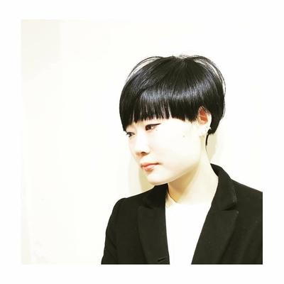 黒髪クールマッシュ!  コンパスホームページはこちらから http://compass-kobe.com  可愛いスタイルが沢山掲載しておりますので、是非覗いて見て下さい! #ショート #ボブ #マッシュ #黒髪 #おんまゆ #オン眉前髪