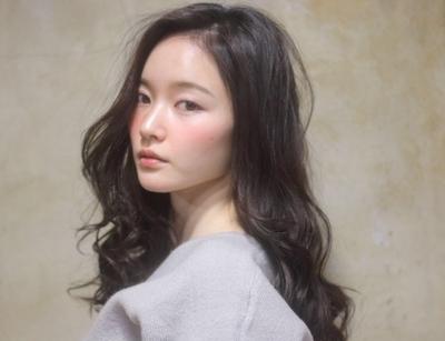 予約http://beauty.hotpepper.jp/smartphone/slnH000047457/stylist/T000295056/ #ロング #黒髪 #ダークカラー #エフォートレス #おフェロ#暗髪