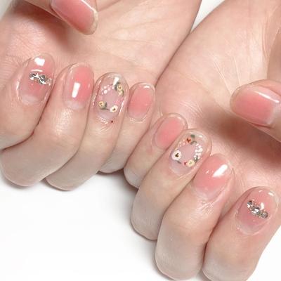 ボタニカルネイル♡  #nail #nails #nailist #nailart #nailsalon #tokyo #shibuya #fashion  #life #like #love #instagood #instadaily #follow #followme #me #happy  #instanail #ネイル #ネイリスト #ネイルアート #ネイルデザイン #美甲 #pink  #spring #春ネイル #ボタニカル #ボタニカルネイル #チークネイル