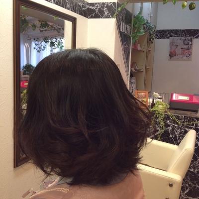 少し短いボブの巻き髪(^ω^)