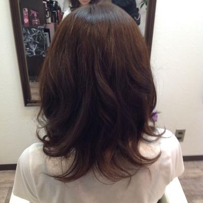 フロント矯正とアッシュのカラー巻き髪(^ω^)