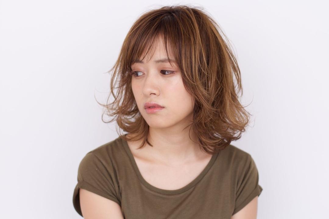 黒澤貴裕 SORA広尾さんのヘアスタイルの写真。テーマは『シースルーバング、ロブ、ゆるはね、ローライト、ハイライト』