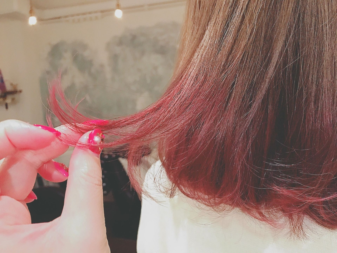 浦川 由起江さんのヘアスタイルの写真。テーマは『hair2016w』