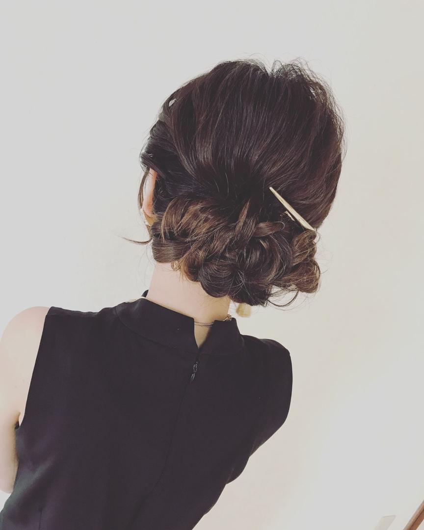 七五三での母親の髪型ロングヘア編「和装にも洋装にも映えるギブソンタック」
