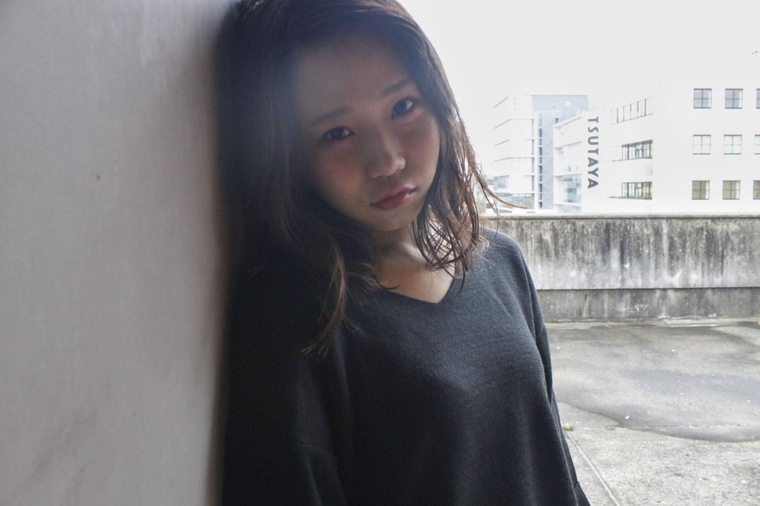 みなちゃんさんのヘアスタイルの写真。テーマは『hair2016w、mina_style、福岡美容室、今泉美容室、アッシュ、セミロング』
