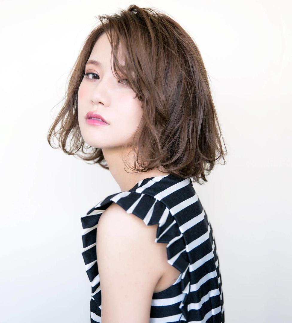 喜早純也さんのヘアスタイルの写真。テーマは『hair2016w、ボブ、外国人風、パーマ、カール』