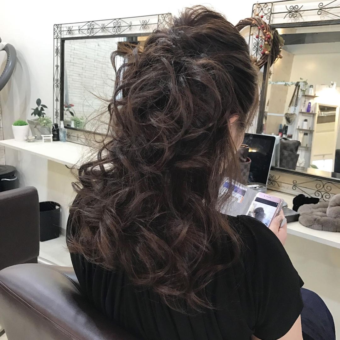 YUSUKE NAKAMURAさんのヘアスタイルの写真。テーマは『ハーフアップ、ヘアアレンジ、ヘアセット、褒められ髪』