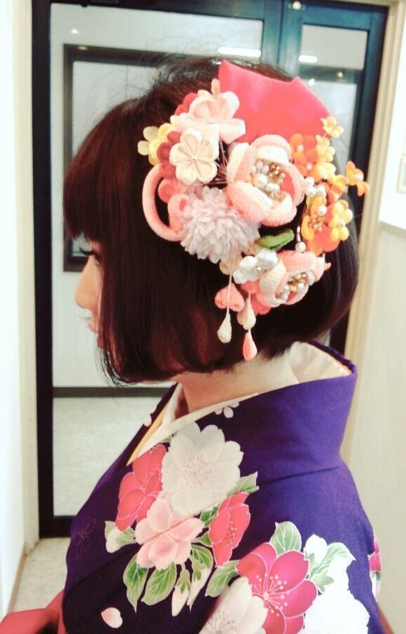 しらかわさんのヘアスタイルの写真。テーマは『卒業式、福岡、美容室、サロン、ボブ、和装ヘア』