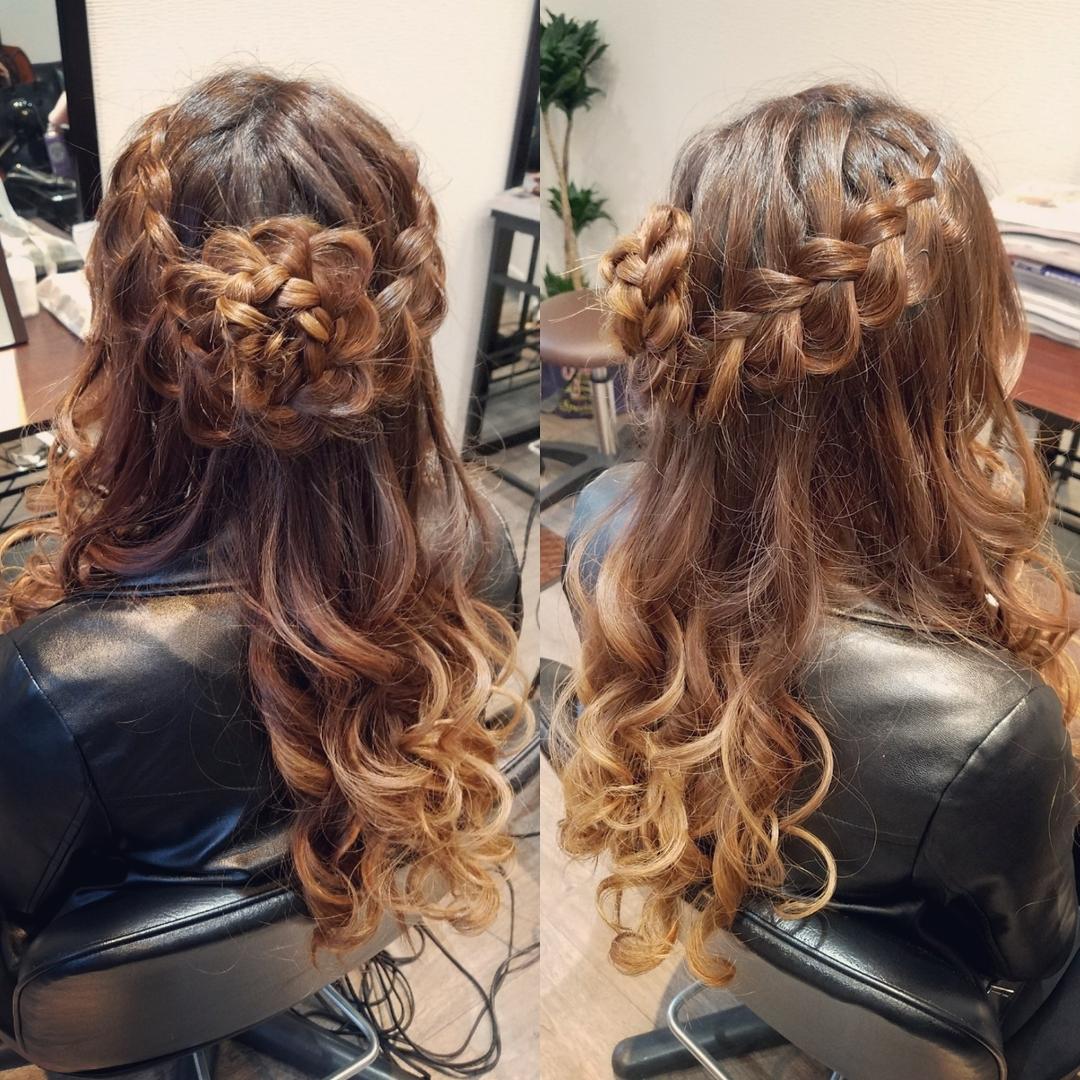 平原さんのヘアスタイルの写真。テーマは『宮崎市STELLA、宮崎市ヘアセット、ヘアセット、ヘアセット専門、セットサロン、ヘアアレンジ、アップスタイル、宮崎市、宮崎、結婚式、編み込み、編み込みアレンジ、ハーフアップ』