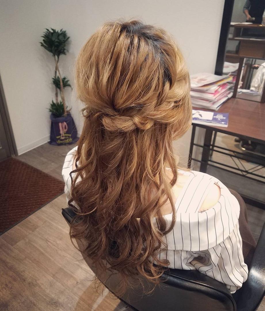 平原さんのヘアスタイルの写真。