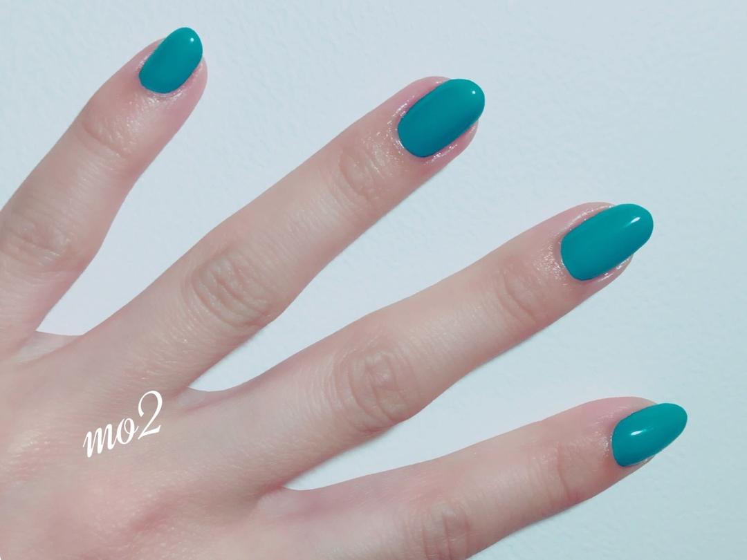 mo2さんのネイルデザインの写真。テーマは『mo2、novobyshowroom、北九州市、小倉北区、nailstagram、nail、nailsalon、beauty、nailart、kokoist、美爪、美甲、美甲師、指甲、指甲彩繪、指甲畫花、大人女子、おしゃれ、2017、夏、シンプルネイル、mismarias、ワンカラー、ターコイズ』