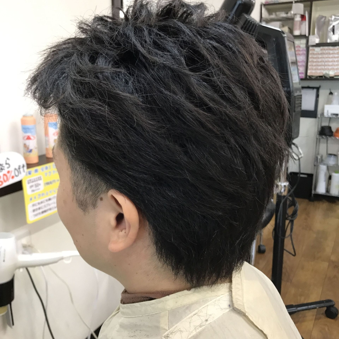 橋本 諒大さんのヘアスタイルの写真。テーマは『ツーブロック、アップバング、メンズ、メンズヘア、メンズヘアスタイル、ヘアスタイル、ヘアカラー、ショート、hair、haircolor、hairstyle、shorthair、美容室、美容院、ヘアサロン、美容師、美容室シャンプー杉戸店、杉戸、杉戸町、杉戸高野台、宮代、宮代町、東武動物公園、salon、beautysalon、beautician』