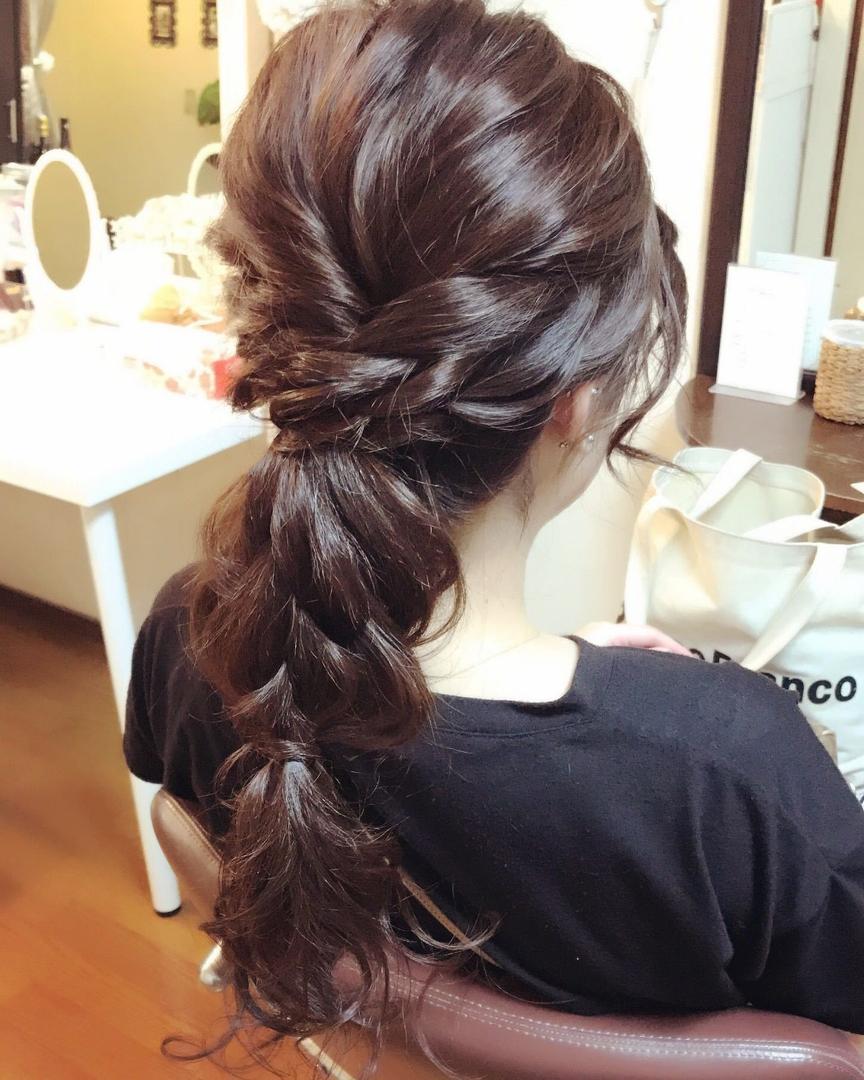Moriyama  Mamiさんのヘアスタイルの写真。テーマは『大人可愛い、福岡ヘアセット、天神、ヘアアレンジ、ヘアーセット、中洲ヘアセット、ボディージュエリー福岡、Threekeys、スリーキーズ、着物、福岡ヘアサロン、ブライダル、結婚式、ブライダルヘアー、花嫁、着付け、着物ヘア、成人式、和装ヘア、プレ花嫁、ヘアセット専門、卒業式、浴衣レンタル、女子会、オトナ女子、着物レンタル、編み込み、働く女子、ねじり、ローポニー、ゆるふわ』