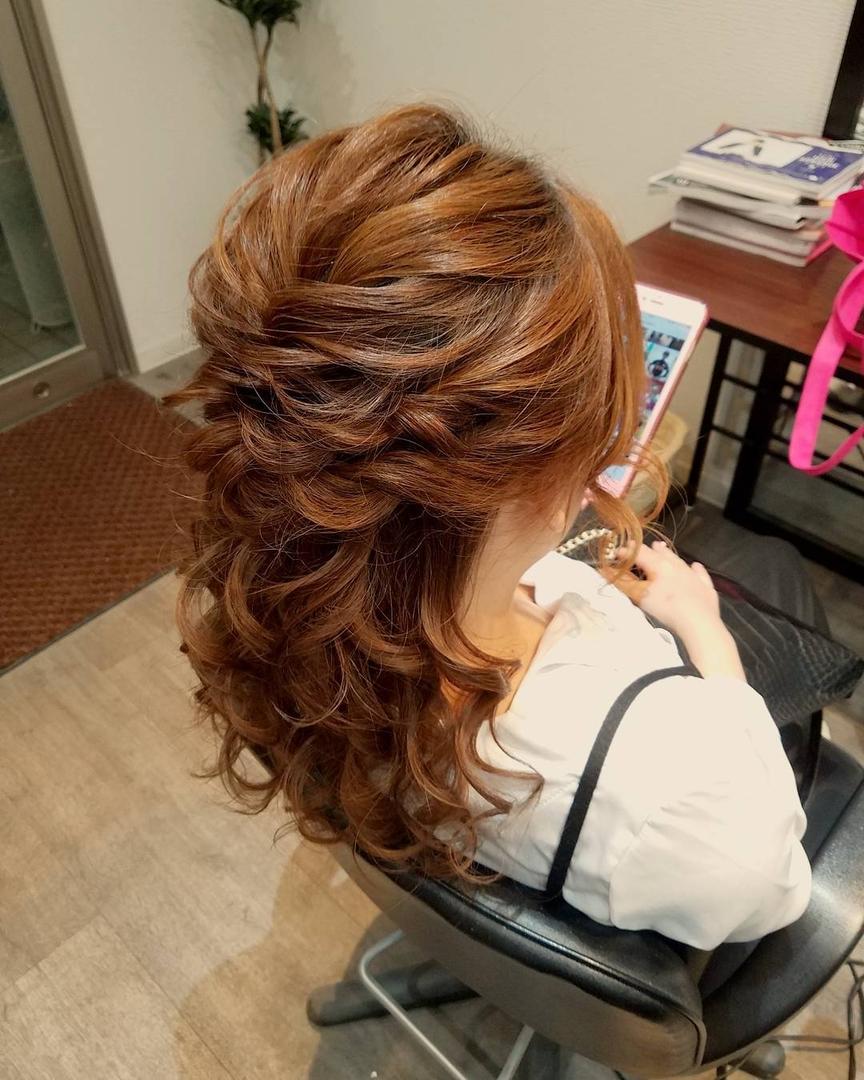 平原舞さんのヘアスタイルの写真。テーマは『宮崎市ヘアセット、宮崎市、ヘアセット専門店、セットサロン、ヘアセット、ヘアアレンジ、ハーフアップ、ブライダル、ブライダルヘア、結婚式、結婚式ヘアアレンジ、結婚式ヘア、ハーフアップアレンジ、宮崎、hair、hairset、hairstyle、hairarrange、宮崎成人式、宮崎市STELLA、宮崎市セットサロン、宮崎市フォトウェディング、宮崎市美容室、宮崎県、おしゃれ、日式髮型、おしゃれな人と繋がりたい、宮崎市セット、宮崎市結婚式』