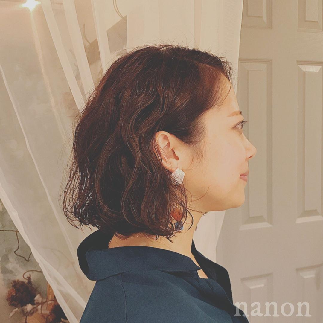 浦川 由起江さんのヘアスタイルの写真。テーマは『ボブ』