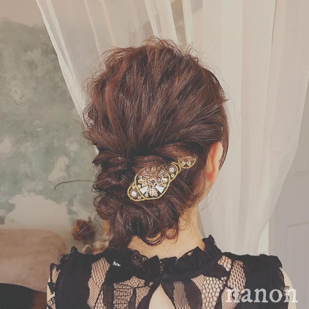 浦川 由起江さんのヘアスタイルの写真。テーマは『ヘアアレンジ、ルーズ、列席ヘア』