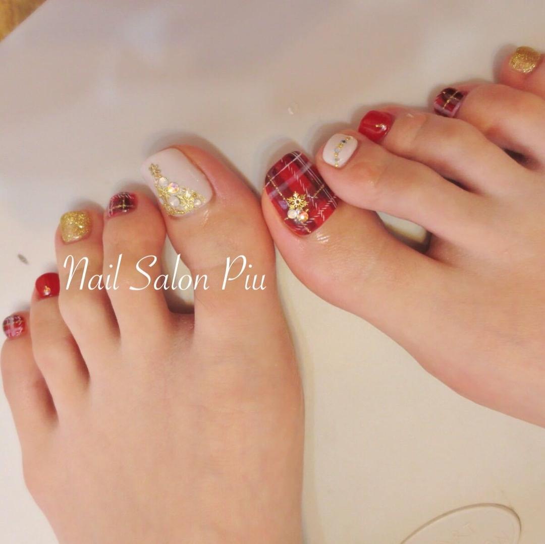 Nail Salon Piuさんのネイルデザインの写真。テーマは『チェック、クリスマス