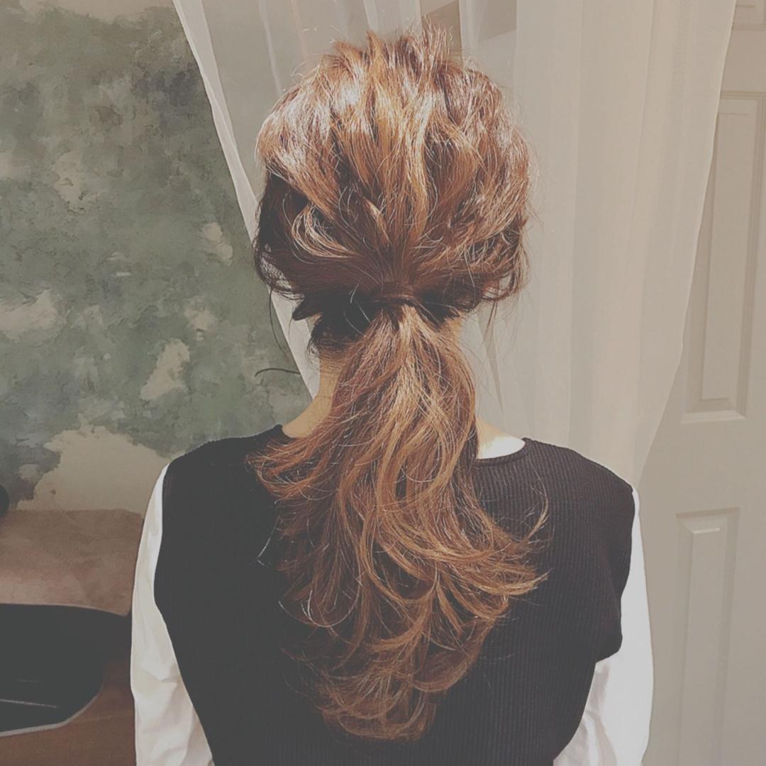 浦川 由起江さんのヘアスタイルの写真。テーマは『ヘアアレンジ、簡単アレンジ、ポニーテール』