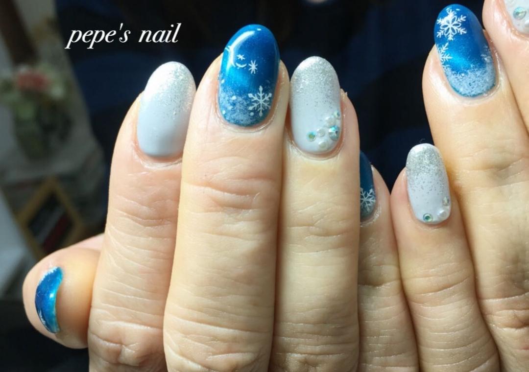 pepe's nailさんのネイルデザインの写真。テーマは『pepesnail、nail、nailart、nailstagram、gelnail、nails、paragel、pregel、handnail、footnail、ネイル、ネイルアート、きまぐれキャット、ハンドネイル、フットネイル、冬ネイル、キャッツアイ、クリスマスネイル、お正月ネイル、サンプルより』