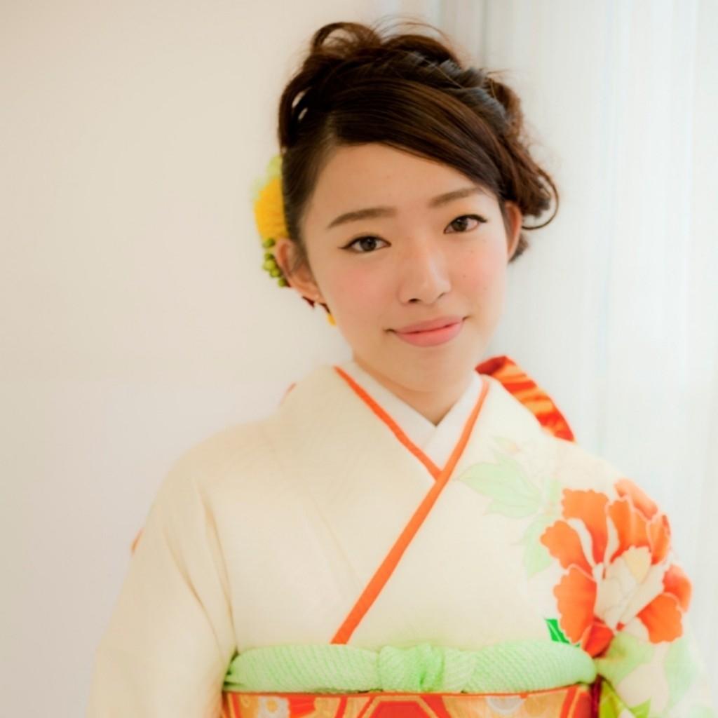 山崎美奈さんのヘアスタイルの写真。テーマは『ヘアアレンジ、アレンジ、ヘアセット、成人式、成人式ヘア、振袖さ、あみこみ、くるりんぱ、Raffine三宮』