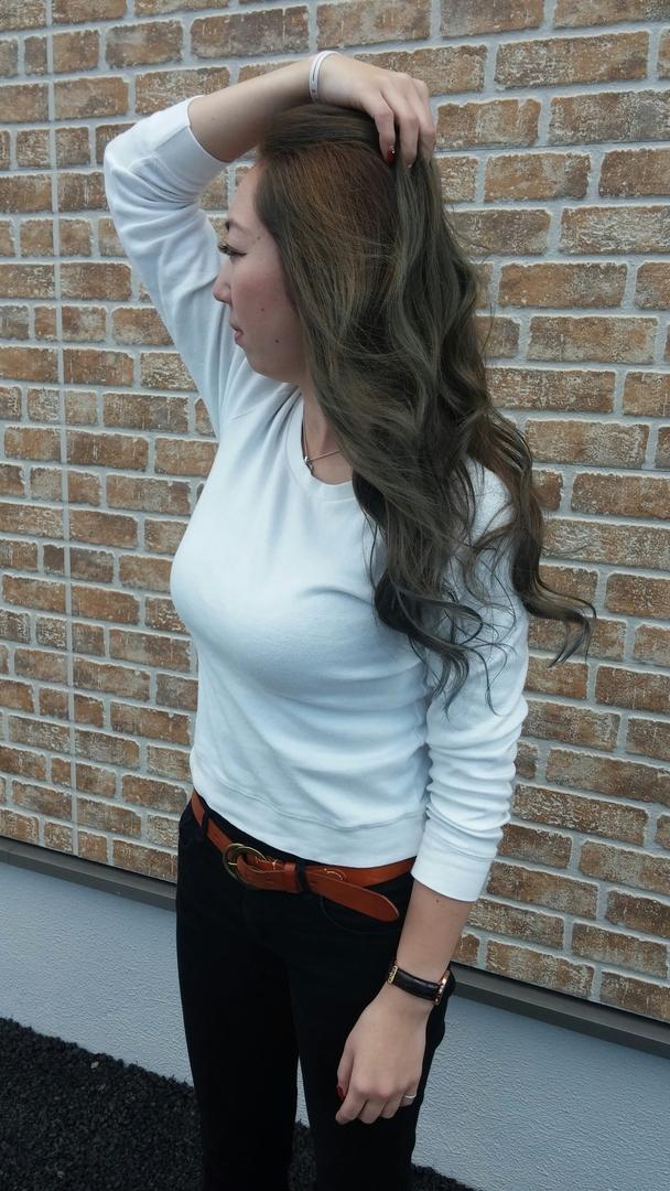 ゴーさんのヘアスタイルの写真。テーマは『ブルーアッシュ』
