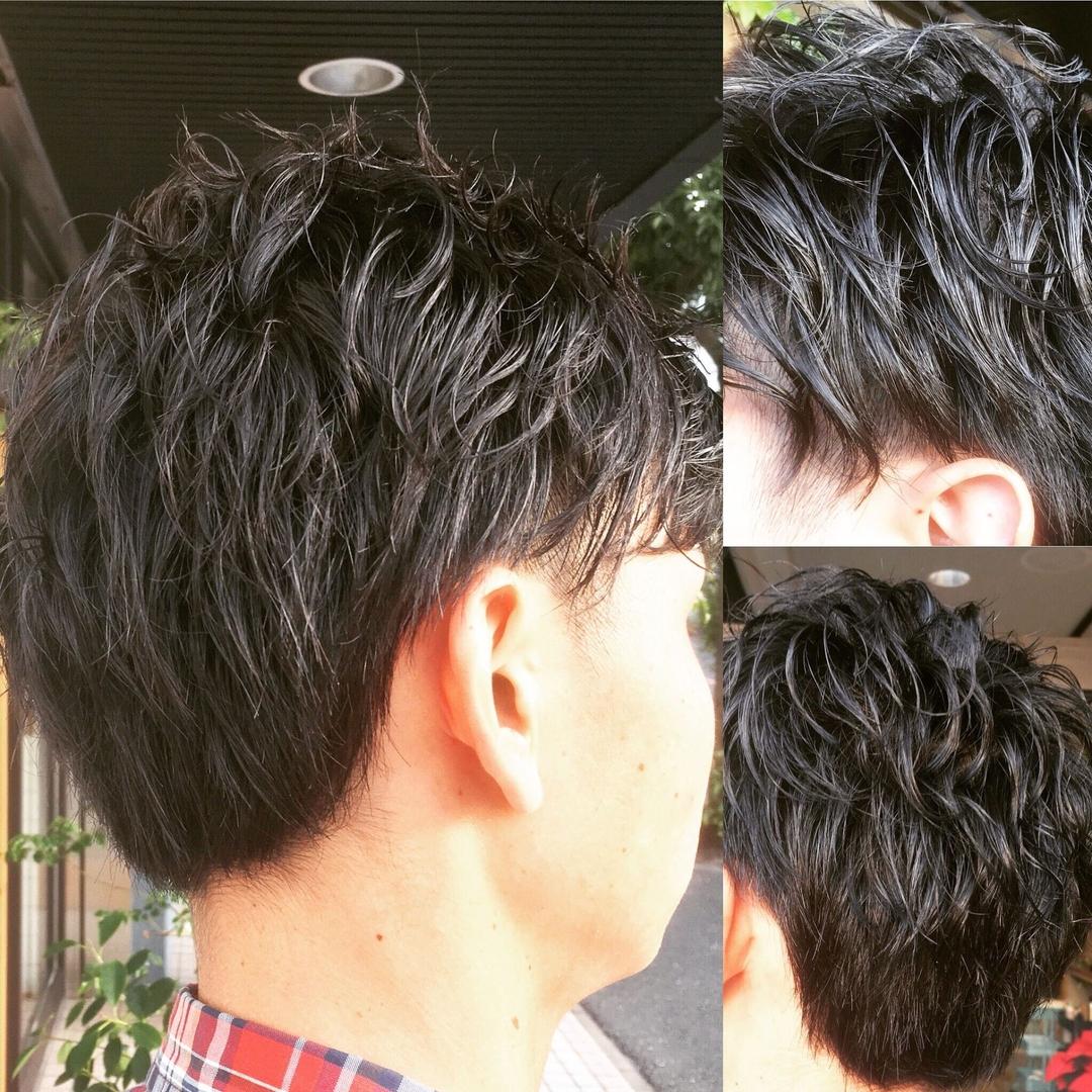 GIBAさんのヘアスタイルの写真。テーマは『メンズ、ヘア、黒髪パーマ、黒髪、ニュアンスパーマ、マッシュベース、ツーブロック、パーマ、北九州、小倉美容室、小倉南区徳力、UMIUMIHAIRDESIGN』