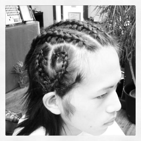 Inada Naotoさんのヘアスタイルの写真。テーマは『須賀川 、美容 、理容 、床屋 、月曜日営業』