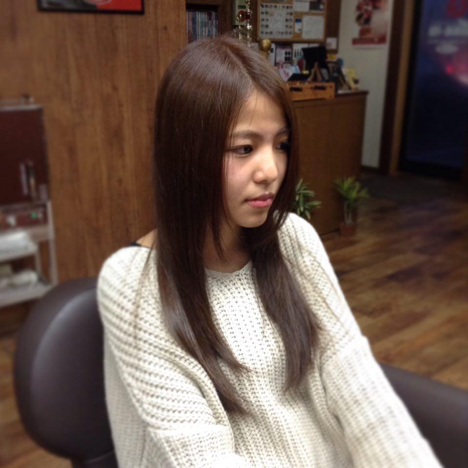 Inada Naotoさんのヘアスタイルの写真。テーマは『須賀川 、美容 、理容 、床屋 、月曜日営業 、ハナヘナ 、スマイルカット 、完全予約制 、貸切ヘアサロン』