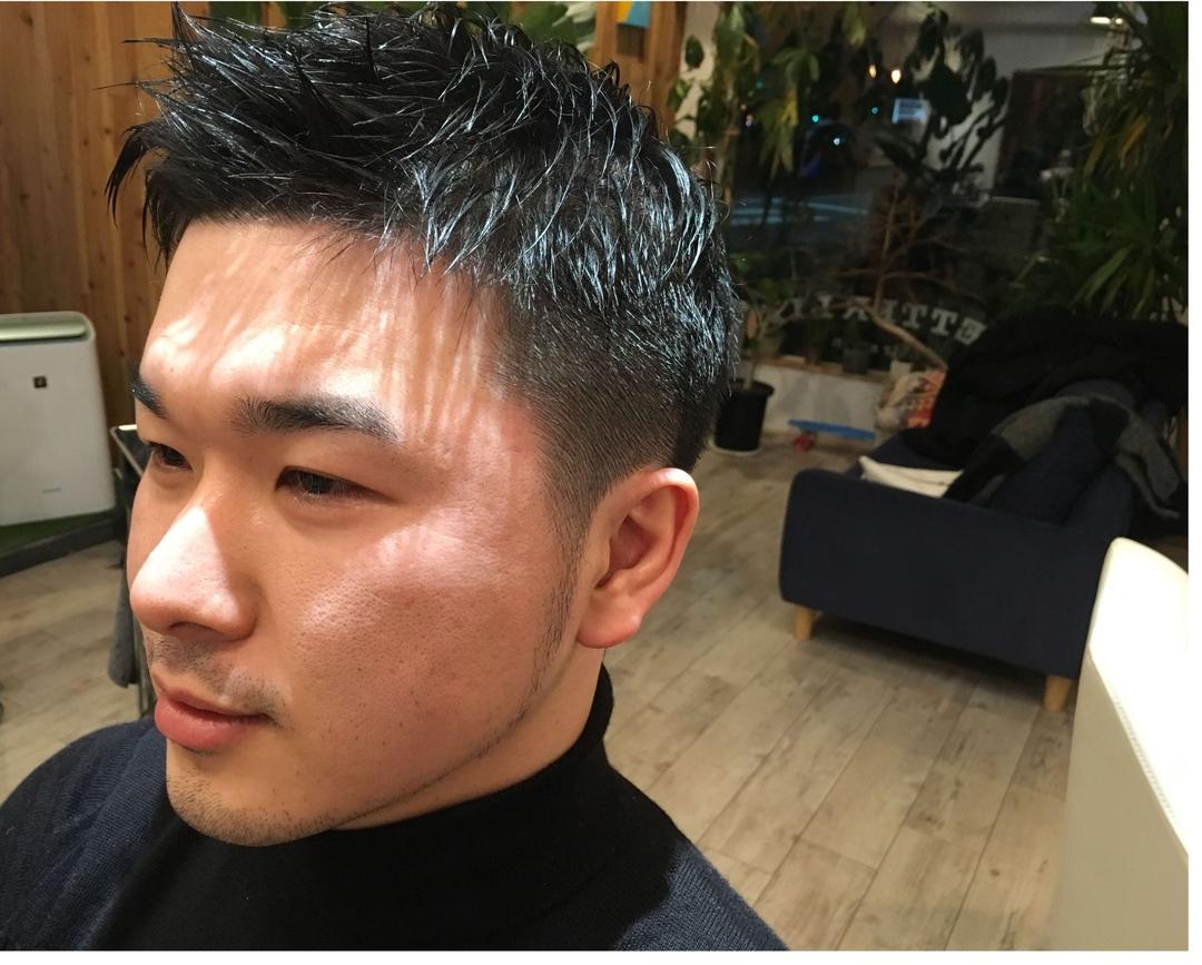 藤枝晃也さんのヘアスタイルの写真。テーマは『刈り上げ、メンズ、ヘア』