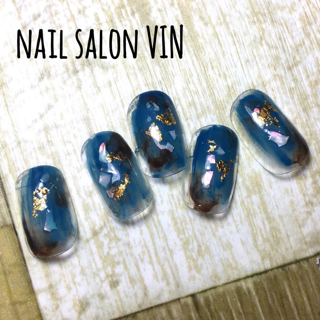 ネイルサロンVIN(ヴィン)さんのネイルデザインの写真。テーマは『gelnail、お客様、冬ネイル、ネイル、ネイルチップ、ネイルサロン、ネイルデザイン、ネイルブック、鹿児島、天文館、新屋敷町、naildesign、nails、nail、nailart、nailartist、nailbook、nailsalon、nailstagram、kagoshima、インスタ、ニュアンスネイル、個性派ネイル、ショートネイル、シンプル、ネイルサロンヴィン、鹿児島ネイル』