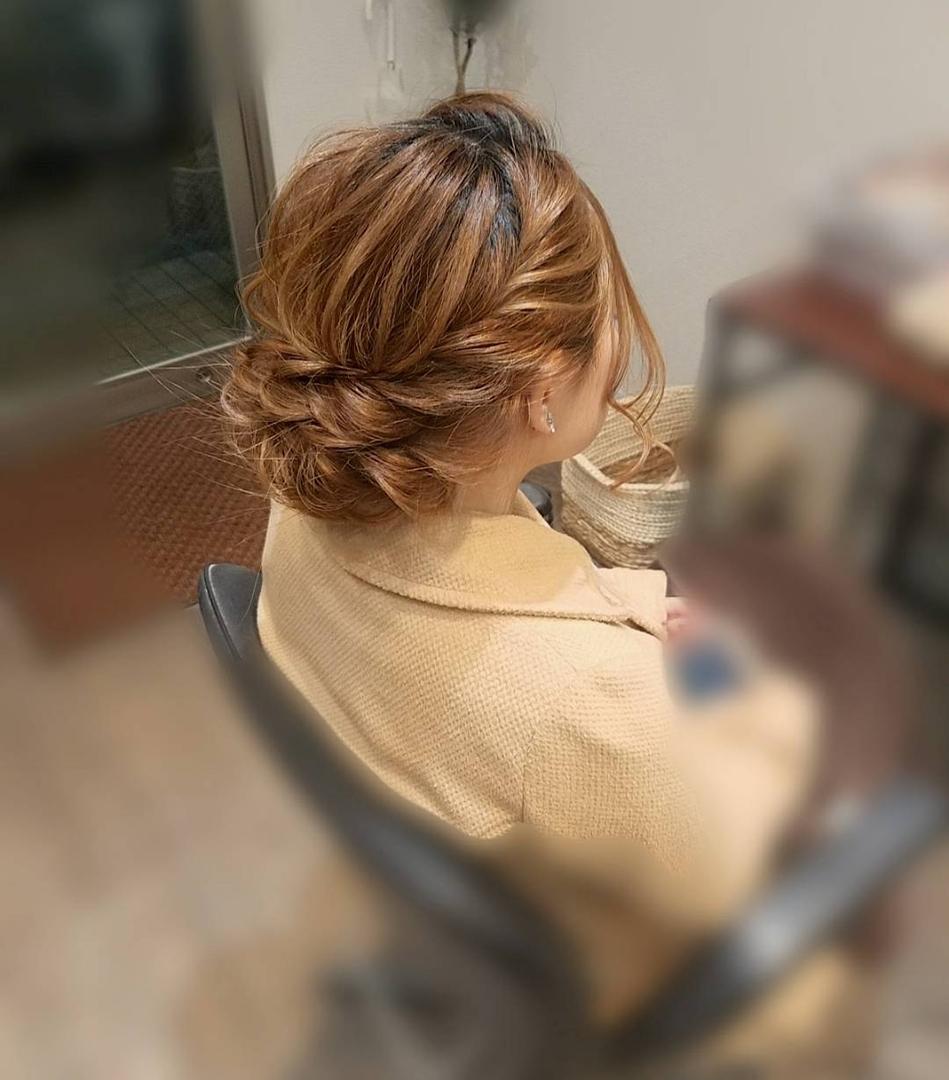 平原さんのヘアスタイルの写真。テーマは『宮崎市ヘアセット、宮崎市、ヘアセット専門店、セットサロン、ヘアセット、ヘアアレンジ、アップ、アップアレンジ、ゆるヘア、ブライダル、ブライダルヘア、結婚式、結婚式ヘアアレンジ、結婚式ヘア、およばれ、シニヨンヘア、アレンジ、宮崎、hair、hairset、hairstyle、hairarrange、宮崎県、宮崎市STELLA、宮崎市美容室、日本中の花嫁さんと繋がりたい、宮崎市セット、宮崎市ステラ、アップヘア』