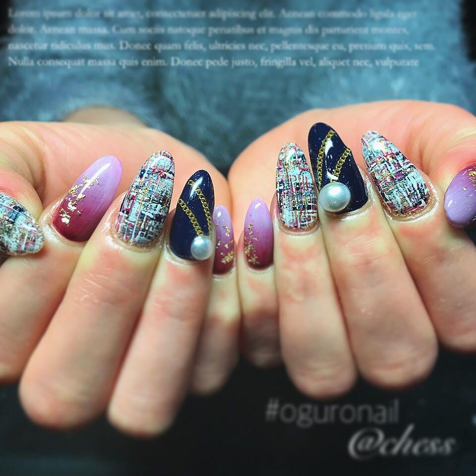 chessさんのネイルデザインの写真。テーマは『ネイル、ジェルネイル、自爪、ロングネイル、nail、instanails、newnails、ネイルデザイン、冬ネイル、ツィードネイル、大人ネイル、グラデーションネイル、パールネイル、可愛い、ネイビー、派手ネイル、オシャレ、チェーンネイル、神戸、三宮、三宮ネイルサロン、oguronail、chess』
