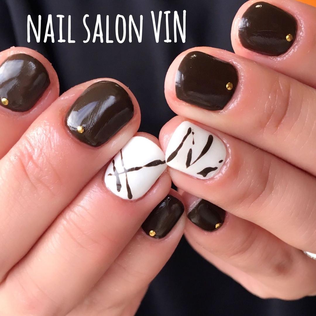 ネイルサロンVIN(ヴィン)さんのネイルデザインの写真。テーマは『gelnail、お客様、冬ネイル、ネイル、ネイルサロン、ネイルデザイン、ネイルブック、鹿児島ネイル、天文館ネイル、新屋敷町、naildesign、nails、nail、nailart、nailartist、nailbook、nailsalon、nailstagram、kagoshima、インスタ、上品ネイル、ワンカラー、チョコネイル、バレンタインネイル、シンプル、ネイルサロンヴィン』